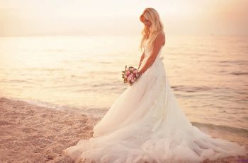 Selecting The Perfect Wedding Photographer: All The Best Tips & Tricks