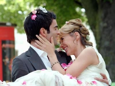 Choose what you like and what you feel will match your wedding theme.