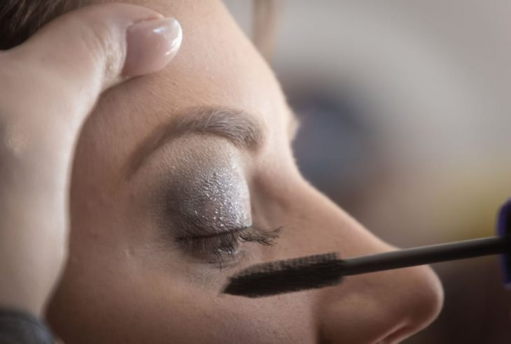 Classic Christmas Party Makeup Mistakes and their Impact on Eye Health