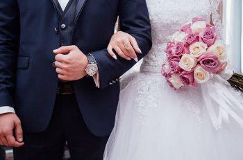 Luxury Wedding Guide for Broke Millennials