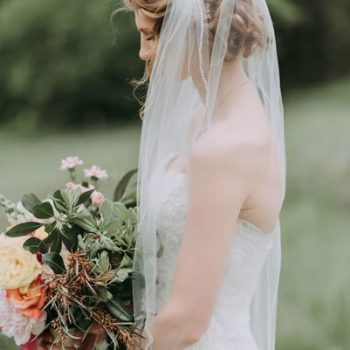 Must Know Wedding Hair Buns and Accessories