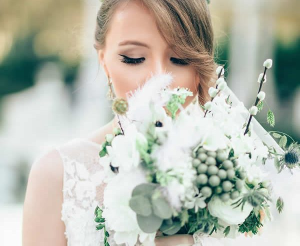 How Eyelash Extensions Create an Incredibly Natural Look for Brides