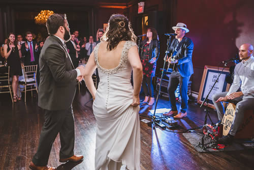 How to Decide Between a Live Band or a Wedding DJ for Your Wedding