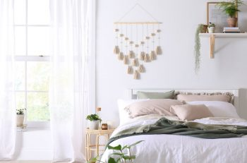 5 Fun DIY Ideas to Decorate Your Home